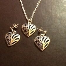 Necklace and earring matching set hearts stud earrings 18 inch chain