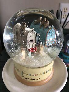 Hallmark US Mailbox Christmas Snow Globe By Marjolein Bastin A006