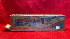 Mettoy Railways Station no. 5617, tin plate, O gauge, c. 1940s, 1950s, England