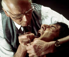 Marathon Man UNSIGNED photograph - L7194 - Laurence Olivier and Dustin Hoffman
