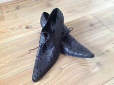 Ladies GIANNI BARBATO Made in Italy Leather Laser Cut Paisley Pattern Shoes. 41