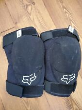 Fox Racing Youth Launch Pro Knee Guard: Black S/M   (1 Piece not A Pair)