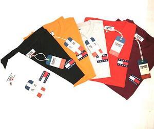 Tommy Jeans Badge Logo Men's Tee