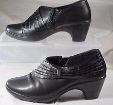 Easy Street Women's Size 7M Comfort Wave Black            C-4