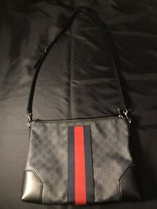 GUCCI BLACK GG SUPREME LEATHER MESSENGER SHOULDER STRAP CROSSBODY BAG AUTHENTIC