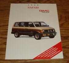 Original 1990 GMC Safari Sales Brochure 90 SLX SLE SLT