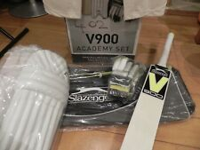 Slazenger V900 Academy Set Junior Cricket Right Hand size 3,Cricket Trousers 7-8