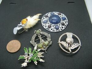 Small Lot of 5 Vintage & Modern Scottish & Celtic Brooches.