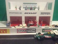 1:32 Scale Gulf -Tag Heuer 3x Car Pit Garage Building - Scalextric Carrera SCX