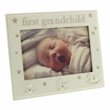 Family & Friends Contemporary Freestanding Photo & Picture Frames