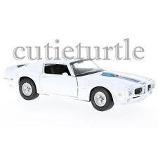 Welly 1972 Pontiac Firebird Trans AM 1:24 Diecast Model Toy Car 28075D White
