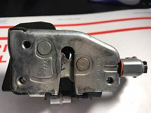1997-2002 FORD EXPEDITION/ NAVIGATOR REAR LIFTGATE TRUNK LOCK LATCH ACTUATOR OEM