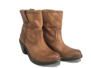 FRYE Women Tan Leather Western Ankle Boots Made in Mexico - Size 5.5 B