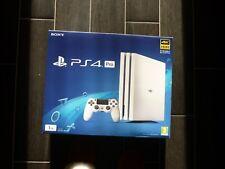 Sony PLAYSTATION PS4 PRO 1TB Bianco Nuovo-Inscatolato e sigillato