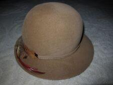 Vtg Marida London beige felt cloche hat, The Outlet Company Providence hatbox