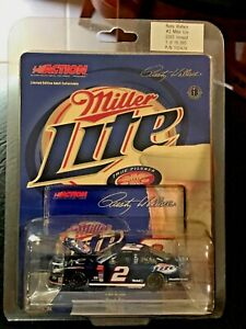 RUSTY WALLACE #2 MILLER LITE 2003 1:64 Nascar Dodge Intrepid Hood Open Action