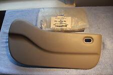 NOS 2000 03 FORD WINDSTAR PASSANGER SIDE GREY LOW BACK SEAT BOTTOM HINGE COVER