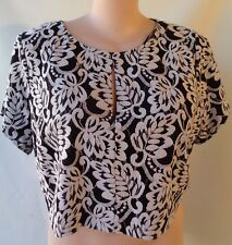 New City Chic Black white top size XL/20/22 NWT short sleeves