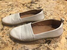 Clarks Artisan Women's White Leather Loafers Flats Shoes 8
