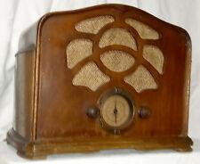 Belle radio de marque emerson U6L de 1934