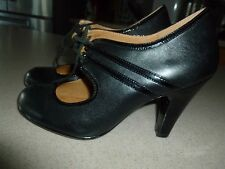 Soft Leather Black Heels Shoes Kitten sz 7.5W worn once