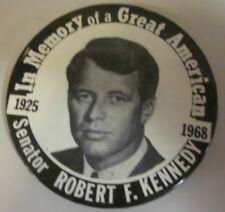 1968 ROBERT KENNEDY MEMORY OF A GREAT AMERICAN Large Pinback Button RFK Bobby