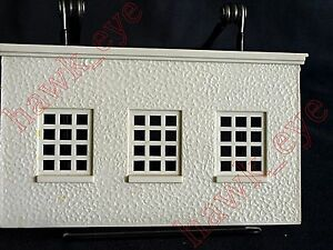 Plasticville Fire House White Back Piece O-S Scale