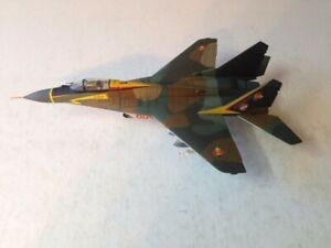 F/ MINT 1/48 MIG29 FULCRUM EAST GERMANY COLD WAR VETERAN WITH FREE GIFT