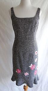 Muse 6 Black & White Tweed Pink Flower Bead Embellished Jumper Ruffle Dress