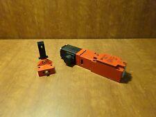 Telemecanique XC3K-J safety limit switch
