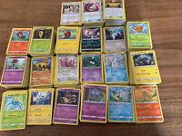 🐠Lot 50 Cartes Pokemon Neuves Différentes 🇫🇷 holo Reverse Rare Peu Communes🧸