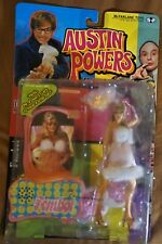 AUSTIN POWERS FEMBOT FIGURE (Britney Spears)