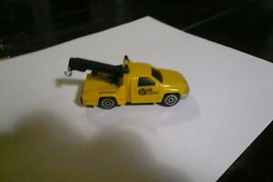 Vintage  Tow Truck  Yellow Plastic  China car service clean