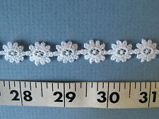 """7010 APPLIQUES Embroidered Daisies Yardage 1/2"""" White 5 Yds CLOSE OUT"""