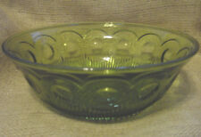 GREEN VEGETABLE / SERVING VINTAGE GLASS BOWL THUMBPRINT AND BUTTON PATTERN  EC