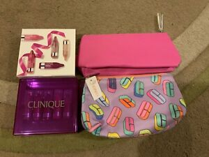 Clinique Chubby Lip Colour Gift Set BNIB and 2 Clinique makeup bags