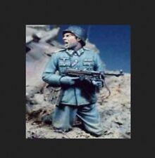 1/35 Resin UNPAINTED Model Kit GERMAN SOLDIER WW2