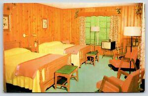 Columbus GA~Merry El Motel~Interior Room View TV~Pine Paneled Walls~1950s