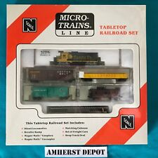 Santa Fe Atlas GP30 #3235 N Scale Micro-Trains Table Top Set NIB