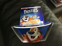 Kelloggs Frosties Cereal Bowl Gift Set . BRAND NEW