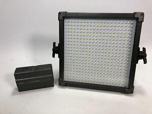 F&V K4000S Bi-Color LED Studio Light mains and battery powered