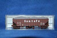 N Micro Trains 100 Ton 3-Bay Atchison, Topeka & Santa Fe 108120.2