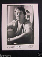STONE GOSSARD—2001 PUBLICITY PHOTO