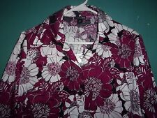 NWT East 5th   maroon / white / black f;oral top / fitted blouse    Size  1X