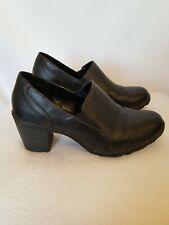 Great Northwest Women's Camelia Black Leather  Heels Clogs Shoes Size 8M.    B