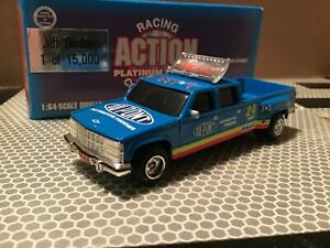 Chevy Dually 1 ton 24 Jeff Gordon 1:64 Truck  crewcab DuPont racing team blue