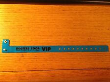 Brand New VHTF HOOTERS 2006 Las Vega Swimsuit Contest Wristband VIP Blue