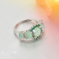 Delicate Women Green Charm Gems Silver Glossy Ring Fire Opal & Emerald Jewelry
