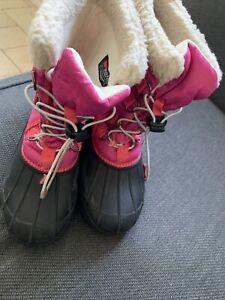 Crane Girls/Ladies snow Boots Size 5 Pink
