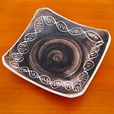 Sylha Curve End Dish & Incised Decoration in Monochrome Earth Tone Glaze c.1950s